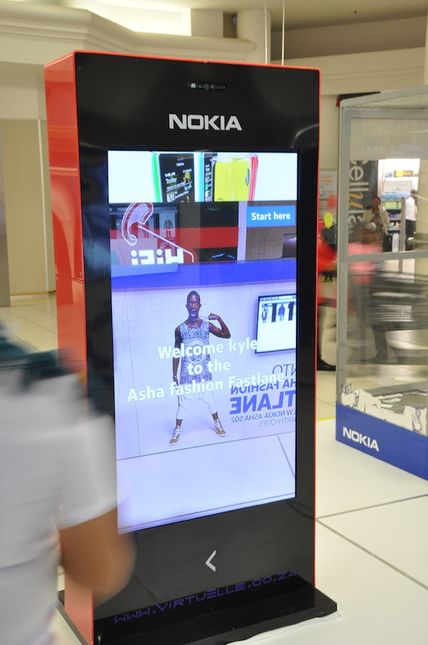 Virtuelle Nokia Virtual Dressing Room Kiosk 1